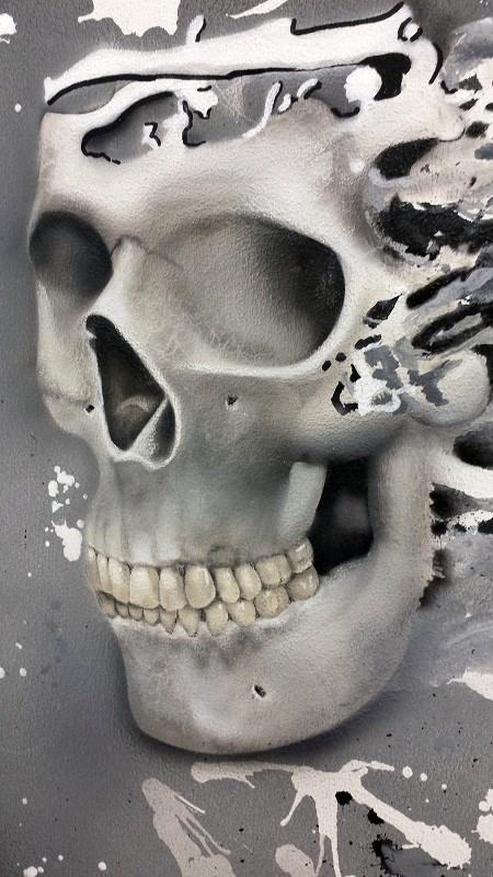Skull à l aérographe sur toile en lin