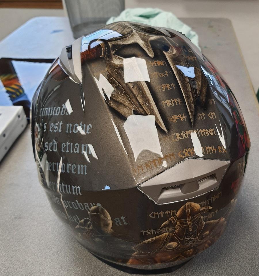 peinture sur casque à l aérographe, formations et stage aérographe