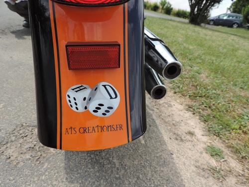 peinture a l aérographe sur moto Harley Davidson formations et stages aérographe