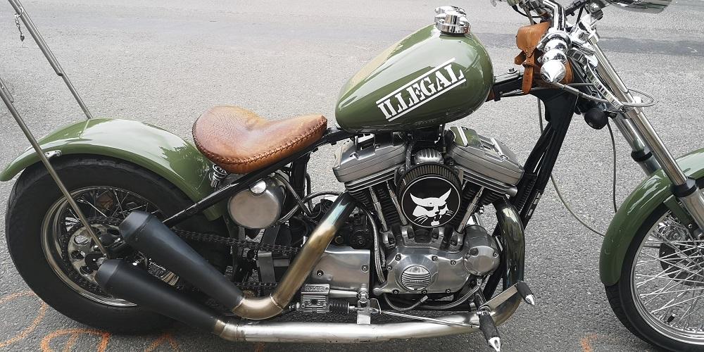 peinture moto sur le theme armée