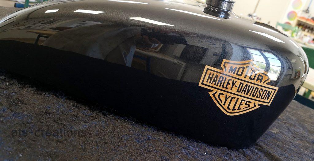 -formations et -stages aérographe sur- moto- Harley -Davidson