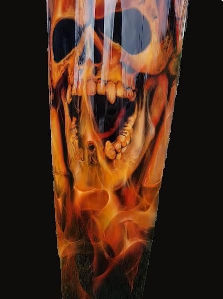 -true-fire-skull-école-aérographe-art-artiste-peintre-peintre-déco-décoration-bois-feu-vienne-Poitou-formation-aérographe