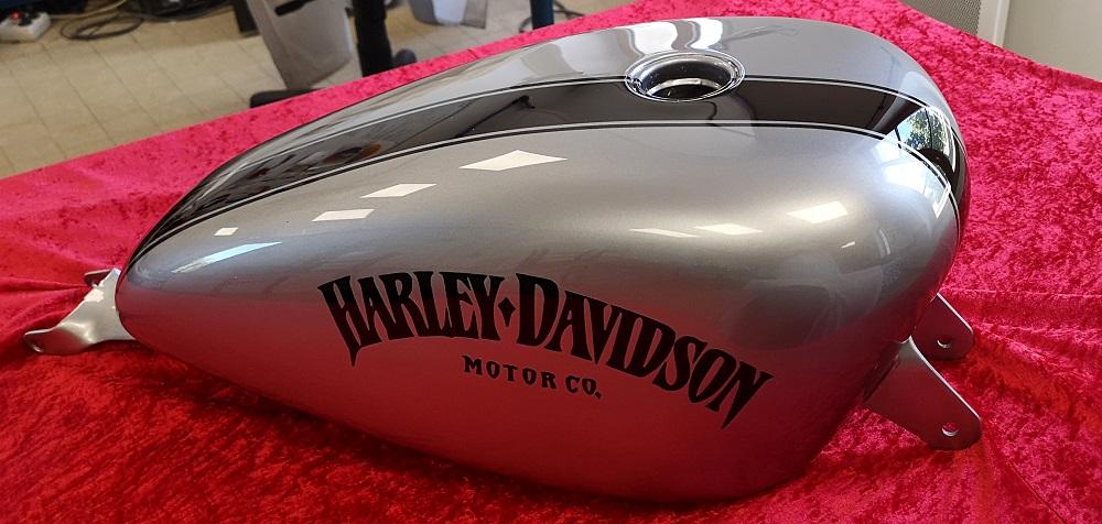 Peinture sur Harley Davidson